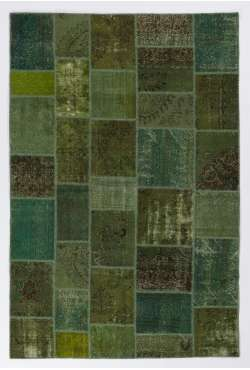 "6'6"" x 9'10"" Green Colored Patchwork Rug"