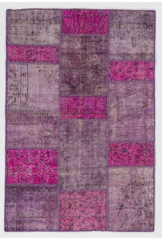 4' x 6' (122x183 cm) Pink and Lavender colored Patchwork Rug
